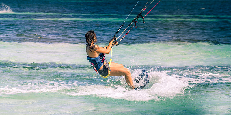 Kiteboarding - CruiseNautic
